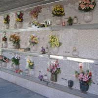 Brindisi, rissa al cimitero per l'eredità di una parente morta a 103 anni: