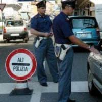 Bari, arrestati 12 cittadini cinesi tra porto e aeroporto: in viaggio con documenti falsi