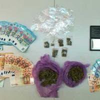 Bari, raccoglieva le prenotazioni su Instagram e vendeva la droga a scuola:
