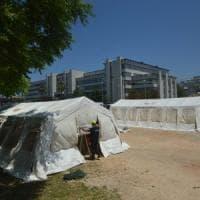 Bari, montate le tensostrutture nell'area del Palagiustizia pronto al trasloco