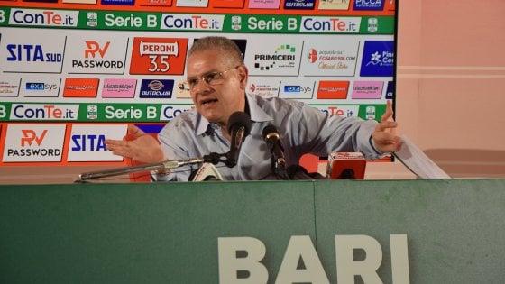 """Bari, Giancaspro attacca la Lega di serie B e tace sull'inchiesta. """"I soldi? Vendo asset societari"""""""
