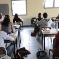 """Bocciato per le troppe assenze, il Tar di Lecce condanna la scuola a risarcirlo: """"Fu..."""