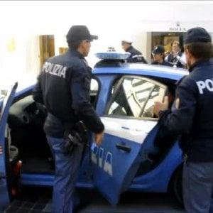 Lecce, sequestrano disabile per incassarne la pensione: in due ai domiciliari