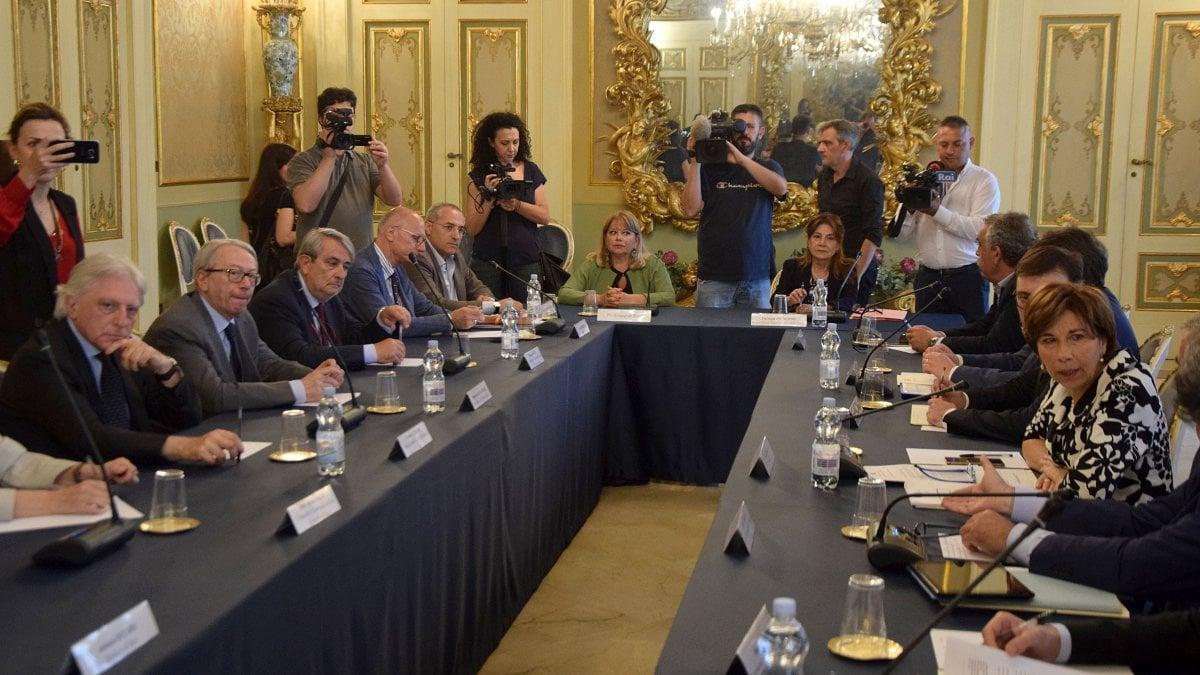 Bari il comune revoca l 39 agibilit del palagiustizia - Agibilita immobile ...