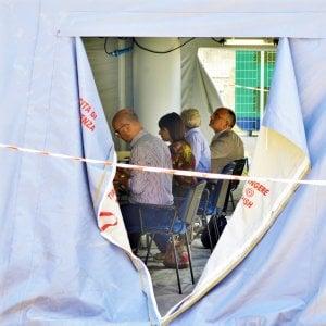"""Palagiustizia inagibile a Bari, il ministro Bonafede: """"La priorità è smantellare la tendopoli"""""""