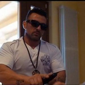 Foggia, il questore ammonisce il pregiudicato che compare nel videoclip pro-mafia
