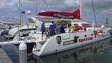 Nel porto di Bari attracca  il catamarano per disabili
