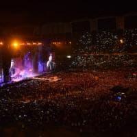 Vasco a Bari, in 100mila per due notti: caos biglietti falsi e caccia ai