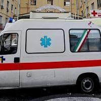 Lecce, crolla un balcone nel cantiere della sala ricevimenti: muore operaio