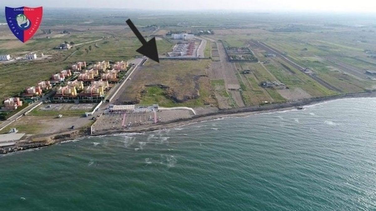 Matrimonio Spiaggia Margherita Di Savoia : Margherita di savoia tonnellate rifiuti a ridosso