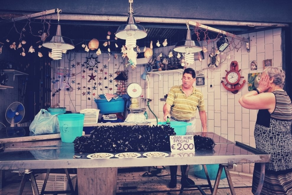 Tutti i colori di Bari: fotoreportage dal mercato rionale