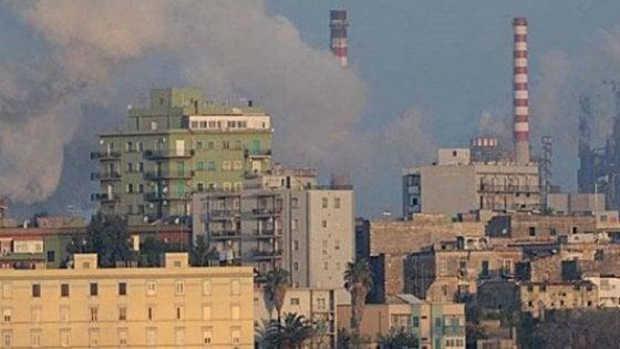 Taranto forte odore di gas in citt malori e proteste l 39 arpa individui le cause - Odore di fogna in casa cause ...