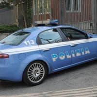 Brindisi, la polizia uccide un rapinatore: stava assaltando un bancomat.