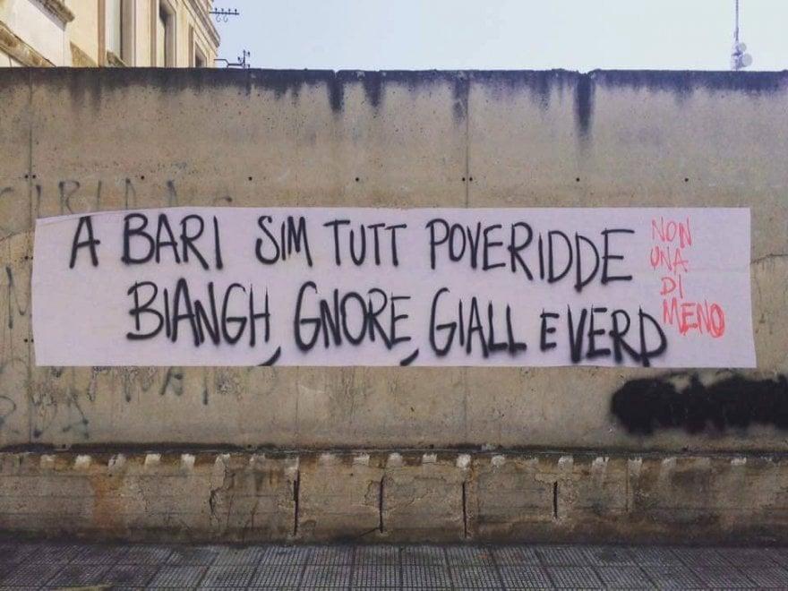 """""""Bianchi, neri, gialli e verdi: a Bari siamo tutti uguali"""", lo striscione antirazzista è virale"""