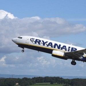 Brindisi, l'odissea dei voli Ryanair: ritardi, cancellazioni e passeggeri abbandonati