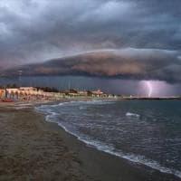 Puglia, allerta meteo per Ferragosto: rischio idrogeologico per i forti