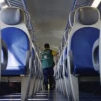 Ostuni, violenza sessuale su una 19enne a bordo del treno Bologna-Lecce: arrestato 40enne
