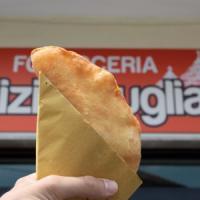 Panzerotto batte piadina: così in Romagna una focacceria pugliese sbaraglia