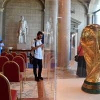 Bari, le Coppe del mondo vinte dall'Italia e i cimeli del calcio in mostra al palazzo dell'ex Provincia