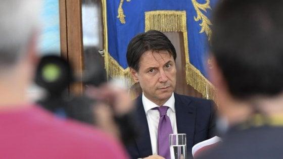 """Il premier Conte ai No Tap di Brindisi: """"Verificheremo ma ci sono i trattati"""""""