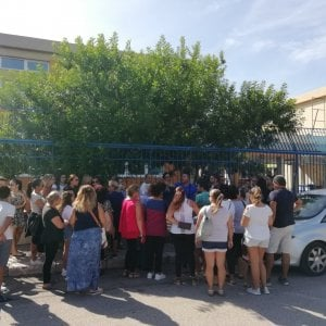 Taranto, gas radon nelle scuole: non sarà necessario chiuderle ma c'è il piano di aereazione