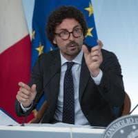 """Ferrovie Appulo Lucane, scontro Emiliano-Toninelli: """"Smania poltrone di M5S può ..."""