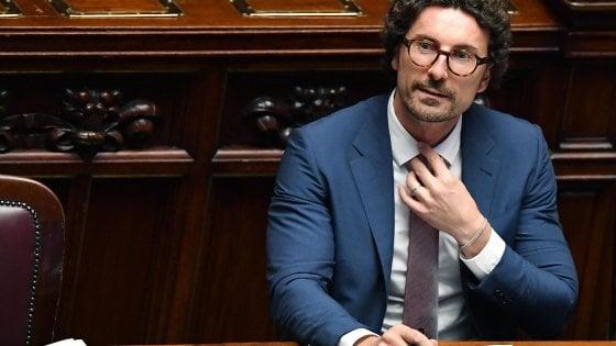 Si dimette l'avvocato accusato di truffa, nominato dal ministro Toninelli nel cda delle Fal
