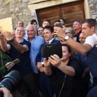 Il premier Conte torna a Volturara Appula, festa nel paese natale: