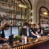 Bari, la seconda vita del teatro Kursaal: biglietteria e foyer si trasformano in un american bar