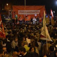 Bari in piazza contro il fascismo: 3mila no alla violenza