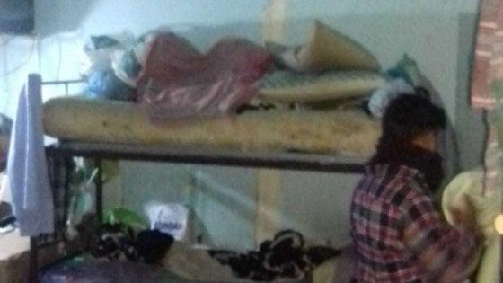 Bari, 17 migranti ammassati in poche stanze: ordinanza di sgombero per un tugurio al Libertà