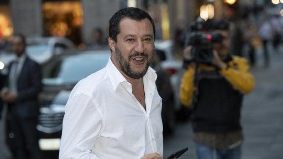 """""""A Bari altri 19 poliziotti entro la fine del mese"""": scontro di numeri tra il ministro e il sindaco"""