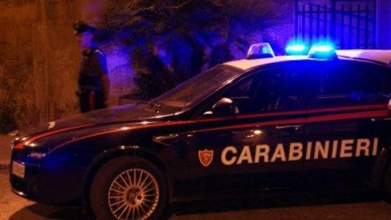 Taranto, incendio davanti all'abitazione del direttore dell'azienda dei trasporti