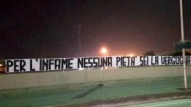 """Caso Cucchi, a Brindisi striscione contro  il carabiniere che ha confessato: """"Infame"""""""