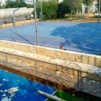 Bari, vandali devastano il parco giochi di Palese: