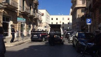 Bari, senzatetto lascia valigia per strada  allarme bomba, artificieri la fanno brillare