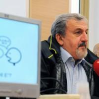 Brindisi, 132 stabilizzati nella Asl: il governatore Emiliano firma i contratti