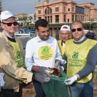 #oggiraccolgoio, a Bari anche il sindaco con i volontari di Legambiente e i giornalisti di Repubblica