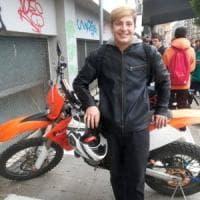 Bari, il dolore dell'Istituto Marconi per il 17enne morto in scooter: