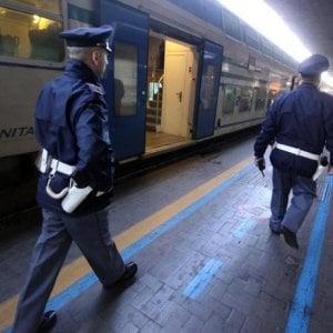 Barletta, bloccato e rapinato nel sottovia della stazione ferroviaria: un arresto
