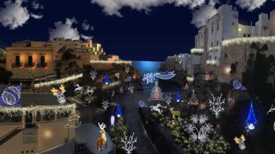 'Meraviglioso Natale', le luci d'artista accendono Polignano a Mare
