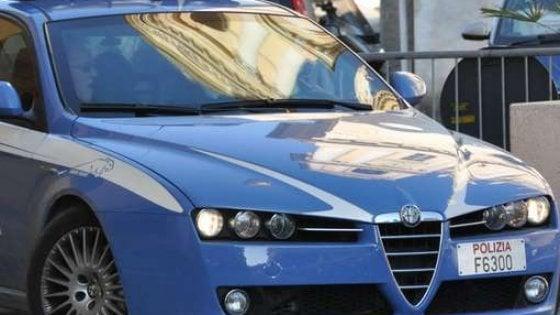 Bari, violenze e maltrattamenti alla moglie: arrestato 36enne sfuggito all'agguato del cognato