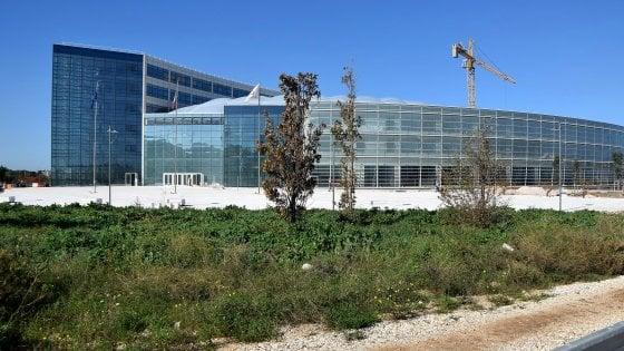 Nuova sede Regione Puglia, c'è l'inchiesta penale: la Procura indaga sui costi lievitati