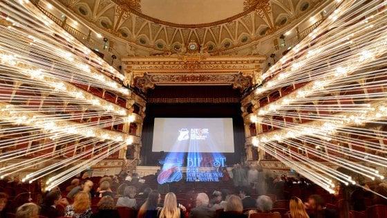 """Cinema, il Bif&st a Bari dal 27 aprile al 4 maggio 2019: """"Omaggio a Morricone e restauro di 'Polvere di stelle'"""""""