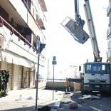 Taranto, due operai edili muoiono  precipitando da una gru:   video   non indossavano protezioni