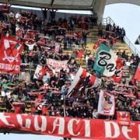 Calcio, trasferta vietata per i tifosi del Bari a Castrovillari:
