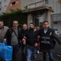 Bari, arrestato Tommy Parisi: il figlio del boss Savinuccio era latitante e si nascondeva a Japigia
