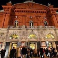 Bari, al Petruzzelli  arrivano i fasciatoi per i bambini:
