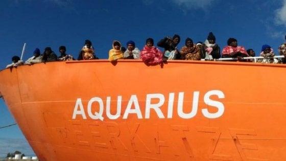"""Sequestrata Nave Aquarius di Msf: """"Smaltivano scarti e vestiti infetti dei migranti come rifiuti normali"""". Dodici indagati"""