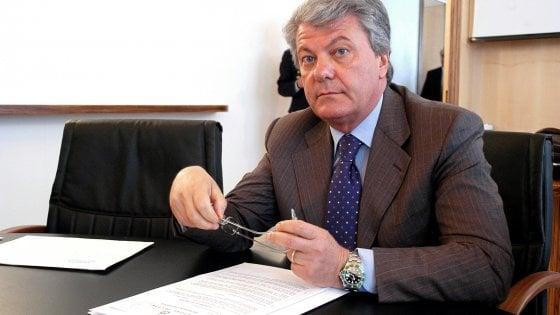 Presunta cupola sanità in Puglia, scatta la prescrizione: fuori dal processo l'ex assessore Tedesco